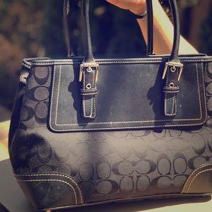 Coach handbag black color with wallet good cond